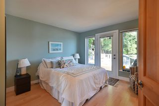 Photo 7: 6655 SUNSHINE COAST Highway in Sechelt: Sechelt District House for sale (Sunshine Coast)  : MLS®# R2475993