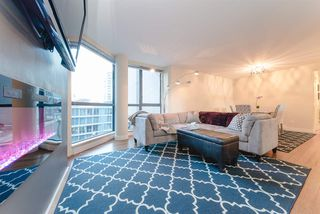"""Photo 7: 101 1415 W GEORGIA Street in Vancouver: Coal Harbour Condo for sale in """"Palais Georgia"""" (Vancouver West)  : MLS®# R2478670"""