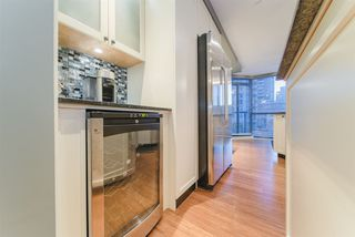 """Photo 15: 101 1415 W GEORGIA Street in Vancouver: Coal Harbour Condo for sale in """"Palais Georgia"""" (Vancouver West)  : MLS®# R2478670"""