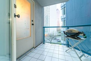 """Photo 17: 101 1415 W GEORGIA Street in Vancouver: Coal Harbour Condo for sale in """"Palais Georgia"""" (Vancouver West)  : MLS®# R2478670"""