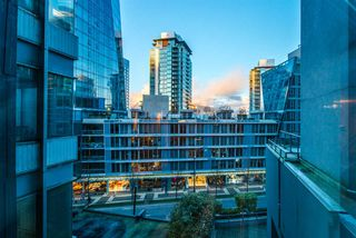 """Photo 11: 101 1415 W GEORGIA Street in Vancouver: Coal Harbour Condo for sale in """"Palais Georgia"""" (Vancouver West)  : MLS®# R2478670"""