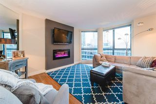 """Photo 5: 101 1415 W GEORGIA Street in Vancouver: Coal Harbour Condo for sale in """"Palais Georgia"""" (Vancouver West)  : MLS®# R2478670"""