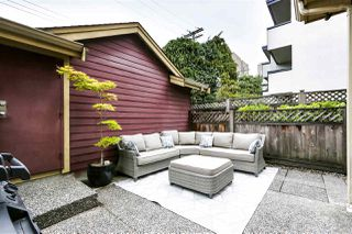 Photo 4: 257 E 13TH Avenue in Vancouver: Mount Pleasant VE Townhouse for sale (Vancouver East)  : MLS®# R2494059