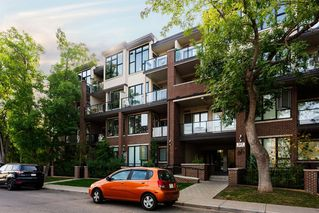Photo 1: 203 317 22 Avenue SW in Calgary: Mission Apartment for sale : MLS®# A1035096