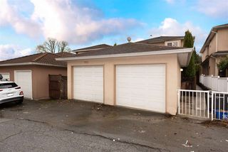 Photo 17: 5935 SPROTT Street in Burnaby: Central BN 1/2 Duplex for sale (Burnaby North)  : MLS®# R2524014