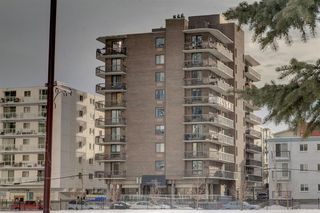 Main Photo: 203 215 14 Avenue SW in Calgary: Beltline Apartment for sale : MLS®# A1055480