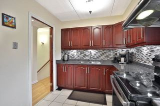 Photo 9: 204 180 Mississauga Valley Boulevard in Mississauga: Mississauga Valleys Condo for sale : MLS®# W4542516