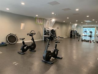 "Photo 9: 1555 38 SMITHE Street in Vancouver: Downtown VW Condo for sale in ""ONE PACIFIC"" (Vancouver West)  : MLS®# R2401297"