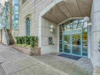 "Photo 3: 1002 1238 MELVILLE Street in Vancouver: Coal Harbour Condo for sale in ""Pointe Claire"" (Vancouver West)  : MLS®# R2416117"
