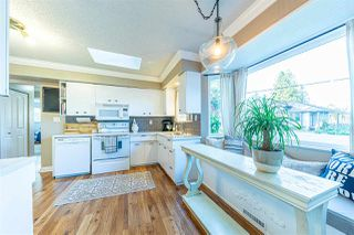 Photo 8: 21678 MOUNTAINVIEW Crescent in Maple Ridge: West Central House for sale : MLS®# R2436833