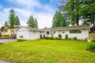 Main Photo: 21678 MOUNTAINVIEW Crescent in Maple Ridge: West Central House for sale : MLS®# R2436833