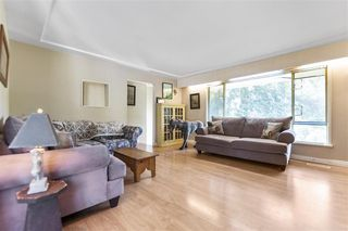 Photo 2: 26233 72 Avenue in Langley: County Line Glen Valley House for sale : MLS®# R2469730