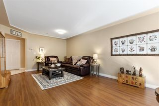 """Photo 4: 11 758 RIVERSIDE Drive in Port Coquitlam: Riverwood Townhouse for sale in """"Riverlane Estates"""" : MLS®# R2503975"""
