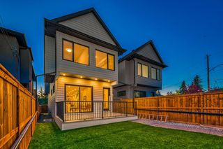 Photo 37: 542 37 Street NW in Calgary: Parkdale Detached for sale : MLS®# A1031929