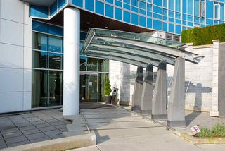 """Photo 4: 3007 4189 HALIFAX Street in Burnaby: Brentwood Park Condo for sale in """"AVAIARA"""" (Burnaby North)  : MLS®# R2519510"""