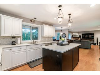 """Photo 10: 4668 218A Street in Langley: Murrayville House for sale in """"Murrayville"""" : MLS®# R2519813"""