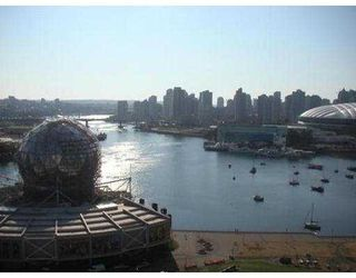 "Photo 7: 1901 1188 QUEBEC ST in Vancouver: Mount Pleasant VE Condo for sale in ""CITY GATE"" (Vancouver East)  : MLS®# V552112"