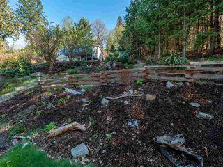 Photo 2: LOT 60 PORPOISE Drive in Sechelt: Sechelt District Land for sale (Sunshine Coast)  : MLS®# R2398271