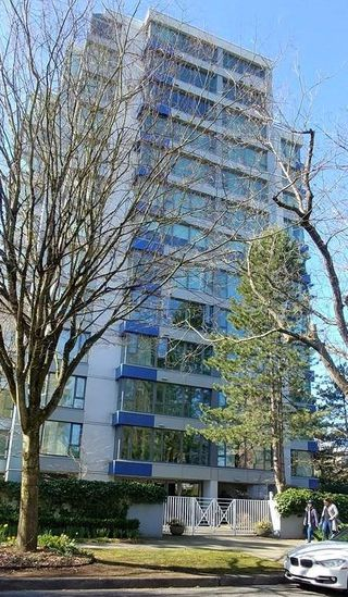 "Photo 1: 702 5425 YEW Street in Vancouver: Kerrisdale Condo for sale in ""THE BELMONT"" (Vancouver West)  : MLS®# R2404758"