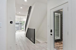 Photo 2: 9623 80 Avenue in Edmonton: Zone 17 House for sale : MLS®# E4175784