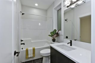 Photo 18: 9623 80 Avenue in Edmonton: Zone 17 House for sale : MLS®# E4175784
