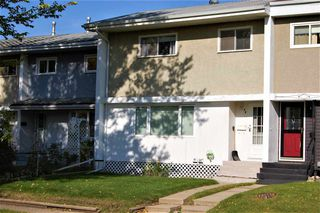Photo 1: 68 GARDEN Crescent: St. Albert Attached Home for sale : MLS®# E4176533
