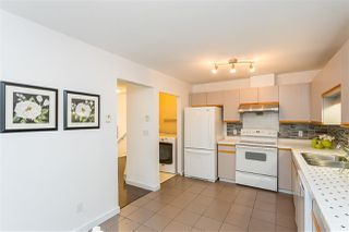 "Photo 11: 217 1215 LANSDOWNE Drive in Coquitlam: Upper Eagle Ridge Townhouse for sale in ""SUNRIDGE ESTATES"" : MLS®# R2430602"