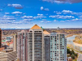 Photo 7: 2802 910 5 Avenue SW in Calgary: Downtown Commercial Core Apartment for sale : MLS®# C4297181
