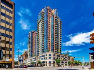 Photo 1: 2802 910 5 Avenue SW in Calgary: Downtown Commercial Core Apartment for sale : MLS®# C4297181