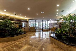 Photo 2: 1106 - 130 Carlton Street in Toronto: Church-Yonge Corridor Condo for lease (Toronto C08)  : MLS®# C4818205