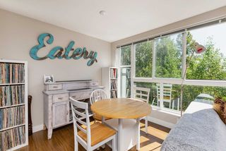 "Photo 3: 307 12075 228 Street in Maple Ridge: East Central Condo for sale in ""THE RIO"" : MLS®# R2491306"