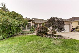 Photo 1: 2120 Sunview Drive in West Kelowna: West Kelowna Estates House for sale (Central Okanagan)  : MLS®# 10215218