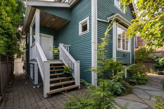 Main Photo: 718 UNION Street in Vancouver: Strathcona Townhouse for sale (Vancouver East)  : MLS®# R2502805