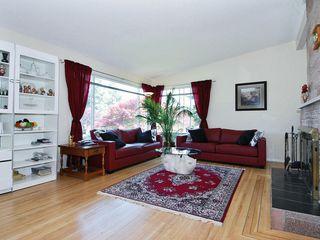 Photo 3: 15631 Roper Avenue in White Rock: Home for sale : MLS®# F2912388