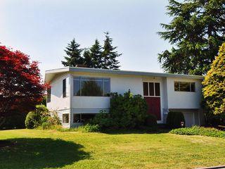 Photo 1: 15631 Roper Avenue in White Rock: Home for sale : MLS®# F2912388