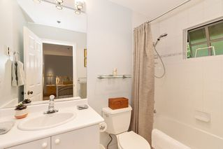"""Photo 23: 2 5880 HAMPTON Place in Vancouver: University VW Townhouse for sale in """"Thames Court"""" (Vancouver West)  : MLS®# R2516740"""