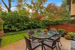 """Photo 27: 2 5880 HAMPTON Place in Vancouver: University VW Townhouse for sale in """"Thames Court"""" (Vancouver West)  : MLS®# R2516740"""