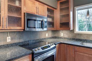 Photo 4: 101 1220 Fort St in : Vi Downtown Condo for sale (Victoria)  : MLS®# 862716