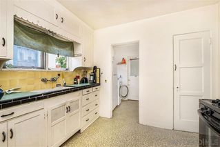 Photo 5: OCEAN BEACH House for sale : 2 bedrooms : 4645 Santa Monica Ave in San Diego