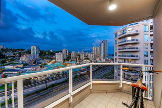 """Photo 4: 1704 1235 QUAYSIDE Drive in New Westminster: Quay Condo for sale in """"Riviera"""" : MLS®# R2404511"""