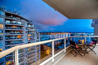 """Photo 3: 1704 1235 QUAYSIDE Drive in New Westminster: Quay Condo for sale in """"Riviera"""" : MLS®# R2404511"""