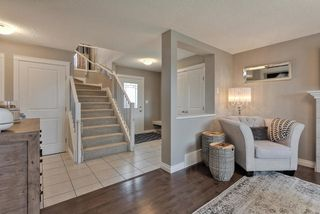 Photo 4: 910 ALBANY PT NW in Edmonton: Zone 27 House for sale : MLS®# E4170540
