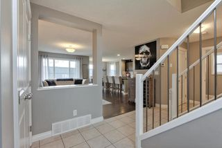 Photo 3: 910 ALBANY PT NW in Edmonton: Zone 27 House for sale : MLS®# E4170540