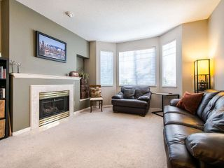 "Photo 2: 5 7501 CUMBERLAND Street in Burnaby: The Crest Townhouse for sale in ""Deerfield"" (Burnaby East)  : MLS®# R2418355"