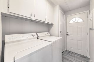 "Photo 10: 2141 CUMBRIA Drive in Surrey: King George Corridor Manufactured Home for sale in ""CRANLEY PLACE"" (South Surrey White Rock)  : MLS®# R2437751"