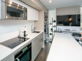 Photo 9: 1502 999 SEYMOUR STREET in Vancouver: Downtown VW Condo for sale (Vancouver West)  : MLS®# R2438685