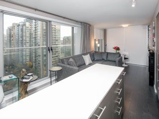 Photo 8: 1502 999 SEYMOUR STREET in Vancouver: Downtown VW Condo for sale (Vancouver West)  : MLS®# R2438685
