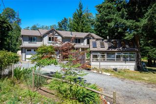 Main Photo: 5960 Mosley Rd in : CV Courtenay South Single Family Detached for sale (Comox Valley)  : MLS®# 850696