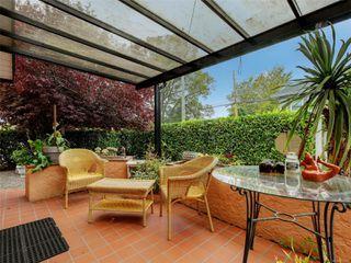 Photo 25: 341 Linden Ave in : Vi Fairfield West Half Duplex for sale (Victoria)  : MLS®# 855827