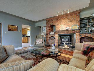Photo 3: 341 Linden Ave in : Vi Fairfield West Half Duplex for sale (Victoria)  : MLS®# 855827